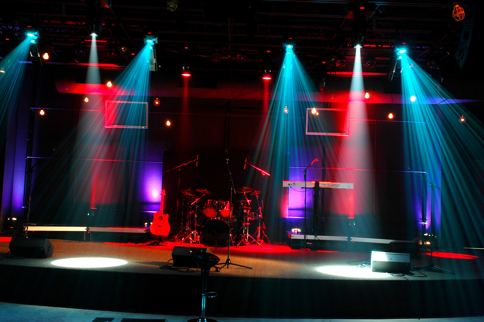 bigstockphoto_Stage_Lights_2393826[1]